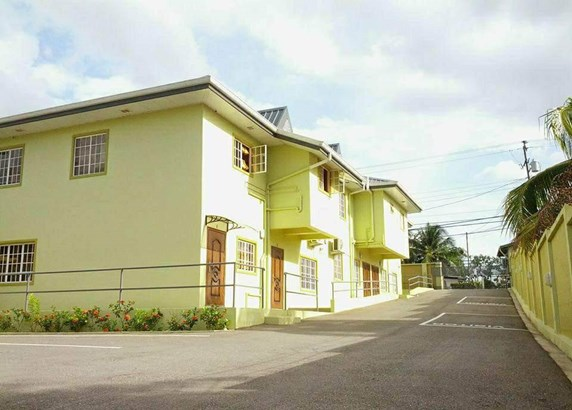 Townhouse for Rent in a Gated Compound (photo 1)