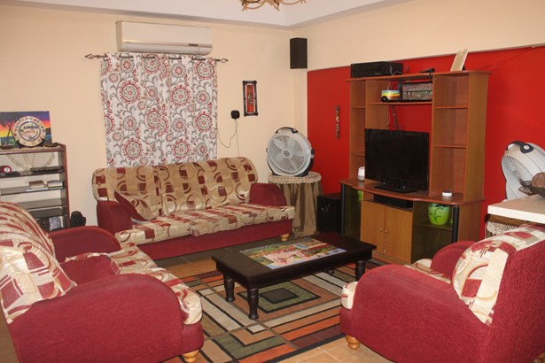Townhouse for Rent in a Gated Compound (photo 2)