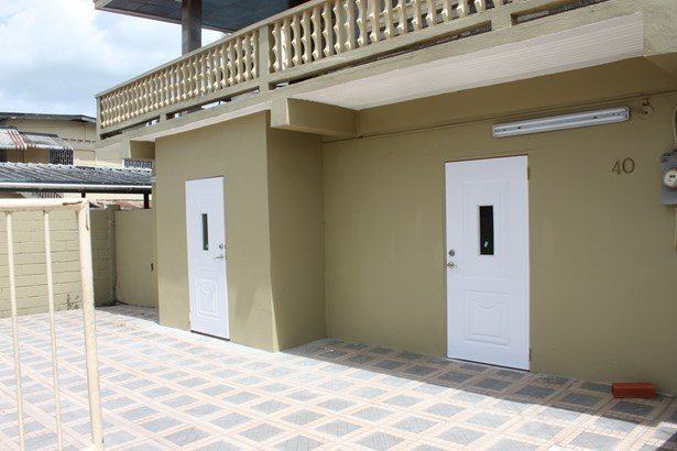 1 Bedroom Apartment for Rent located Conveniently on the Waterloo Main Road (photo 3)