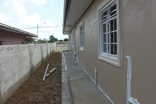 Brand New-Unfinished Cunupia Home For Sale (photo 4)