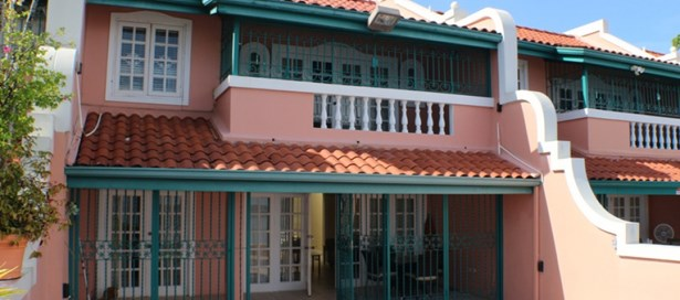 Townhouse For Rent Westmoorings (photo 1)