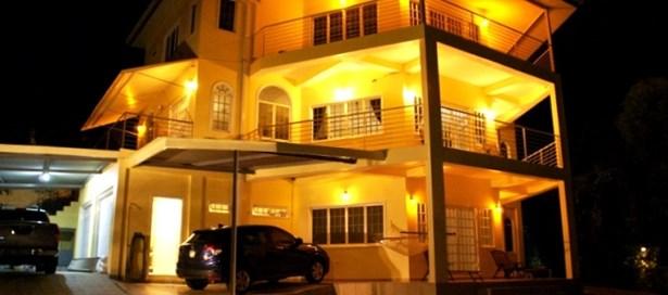 Three Storey House For sale Maracas Valley