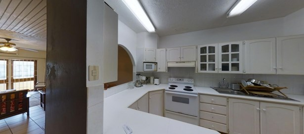 Apartment For Rent Westmoorings (photo 2)