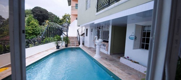 Three Storey House For sale San Fernando (photo 3)
