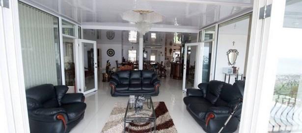 Three Storey House For sale San Fernando (photo 5)