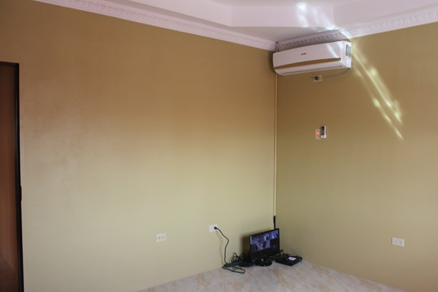 St. Anthony's Park, Cunupia - (Central) House For Rent (photo 3)