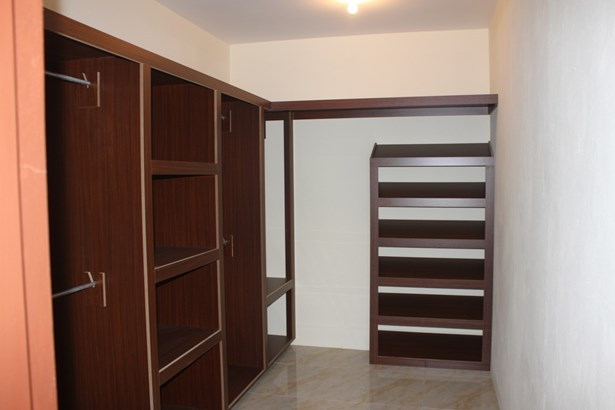 St. Anthony's Park, Cunupia - (Central) House For Rent (photo 5)