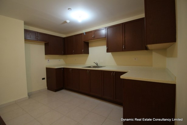 Victoria Keyes 2 bed apartment for sale (photo 1)