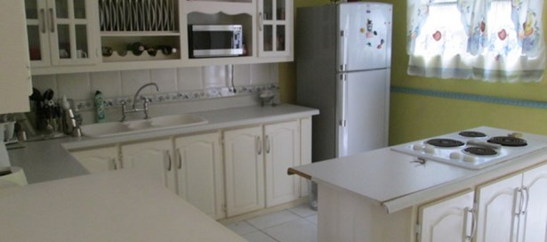 Townhouse For Sale Maraval (photo 4)