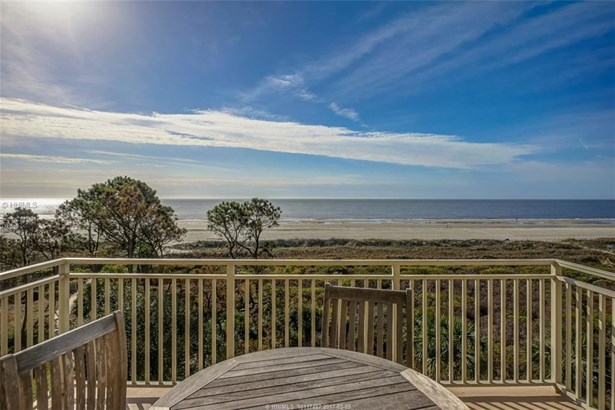 Villas/Condos, End Unit - Hilton Head Island, SC (photo 1)
