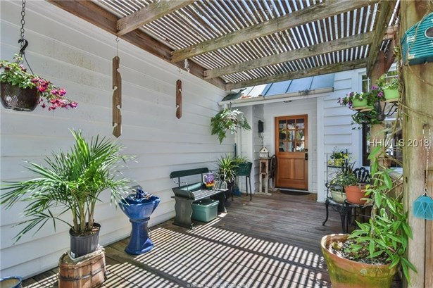 Two Story, Residential-Single Fam - Beaufort, SC (photo 5)