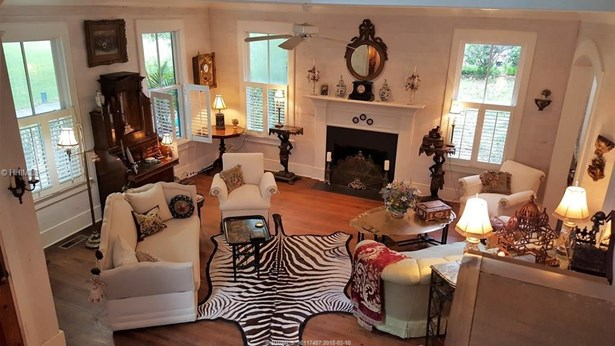 Two Story, Residential-Single Fam - Beaufort, SC (photo 4)