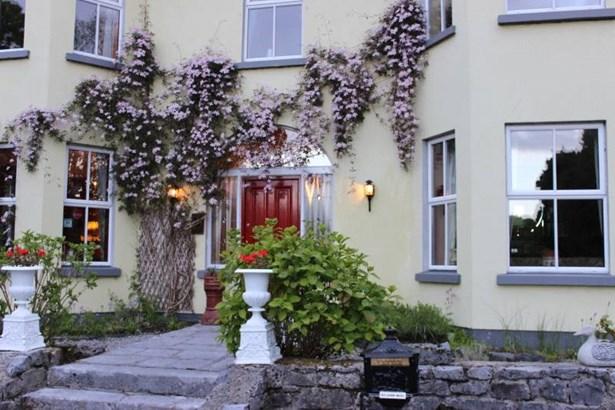 Oughterard, Connemara - IRL (photo 3)