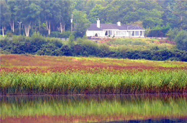 On Doon Lough, Broadford - IRL (photo 1)