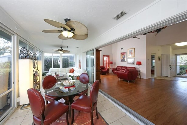 5332 Crestlake Blvd #144, Sarasota, FL - USA (photo 5)