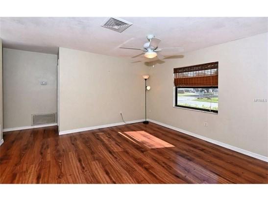 5427 Brookmeade Dr, Sarasota, FL - USA (photo 4)