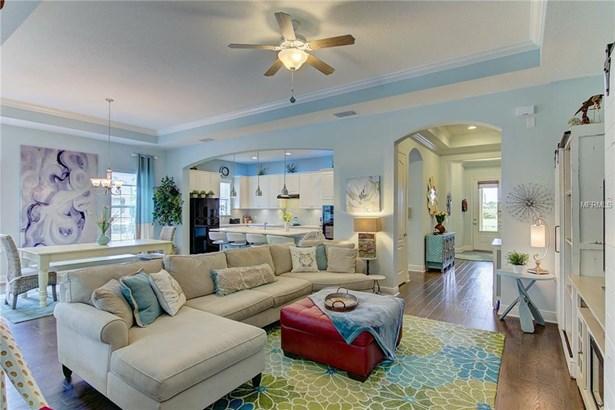 8139 37th Avenue Cir W, Bradenton, FL - USA (photo 4)