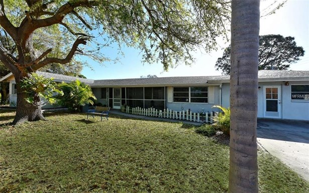 2700 Belvoir Blvd, Sarasota, FL - USA (photo 2)
