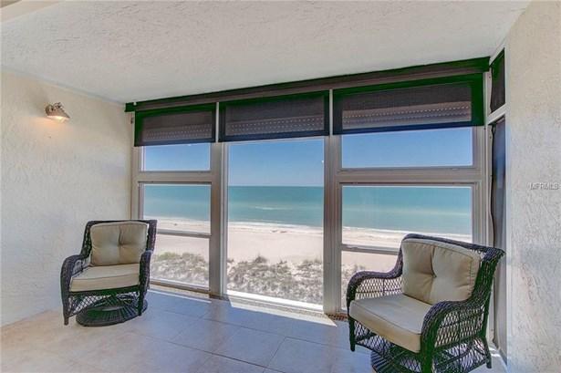 5300 Gulf Dr #306, Holmes Beach, FL - USA (photo 1)