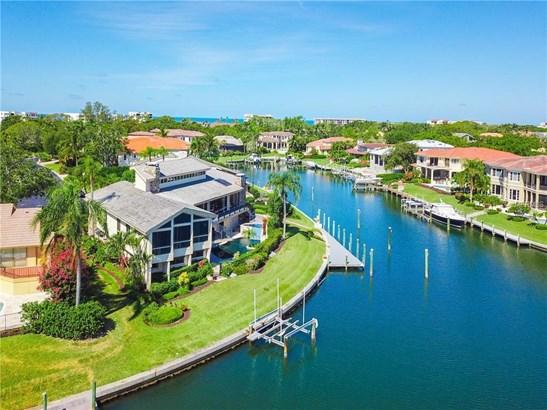 561 Harbor Cove Cir, Longboat Key, FL - USA (photo 2)