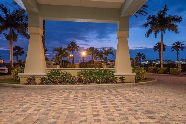 140 Riviera Dunes Way #406, Palmetto, FL - USA (photo 5)