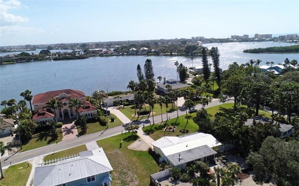 310 Bayview Pkwy, Nokomis, FL - USA (photo 2)