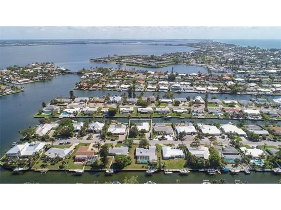 529 69th St, Holmes Beach, FL - USA (photo 2)