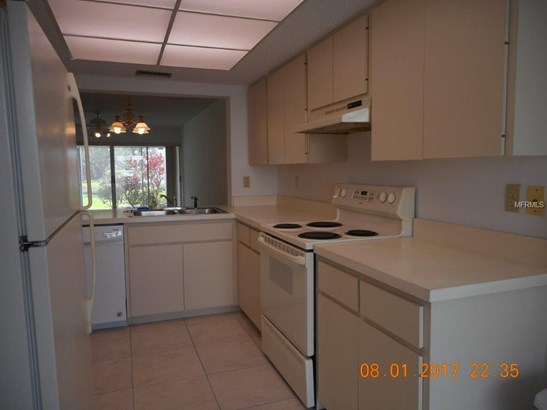 5209 Wedgewood Ln #17, Sarasota, FL - USA (photo 3)