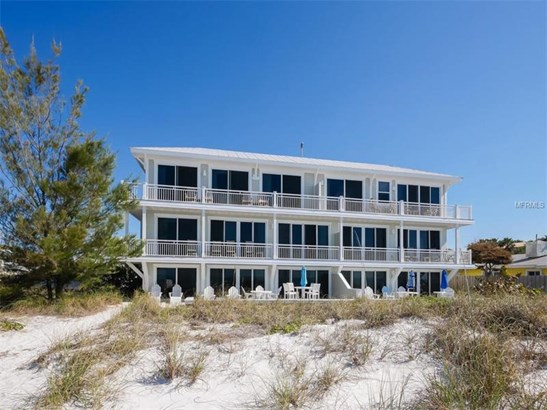 101 66th St #9, Holmes Beach, FL - USA (photo 2)