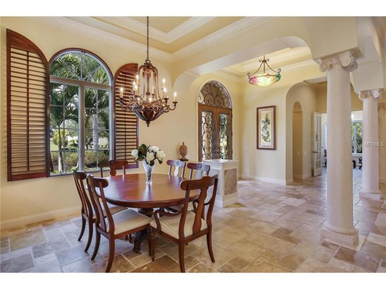 8365 Catamaran Cir, Lakewood Ranch, FL - USA (photo 5)