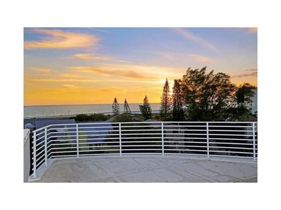 501 Beach Rd #b, Sarasota, FL - USA (photo 2)