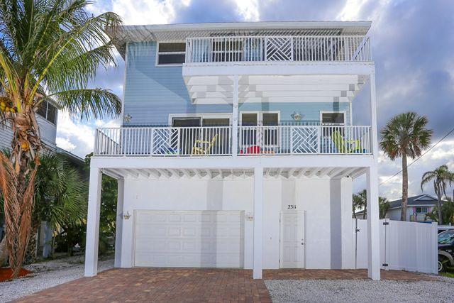2311 N Gulf Dr, Unit B, Bradenton Beach, FL - USA (photo 2)