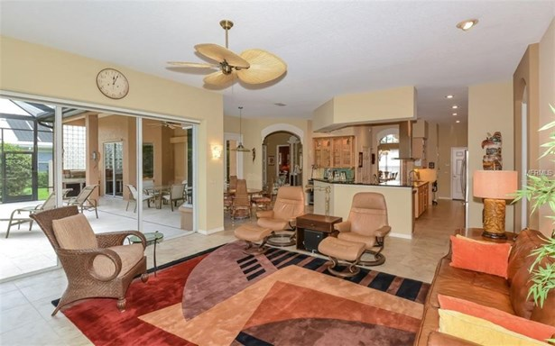 408 Huntridge Dr, Venice, FL - USA (photo 4)