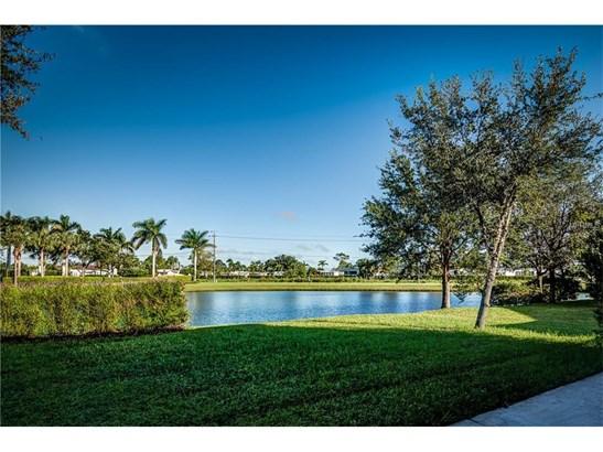 2604 Suncoast Lakes Blvd, Port Charlotte, FL - USA (photo 2)