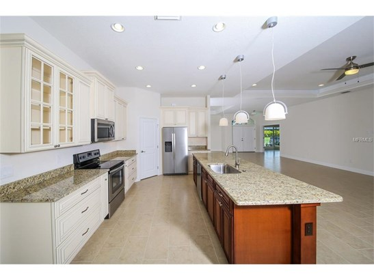 2410 Pebble Creek Pl, Port Charlotte, FL - USA (photo 5)