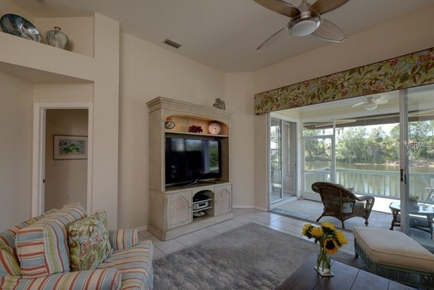 7712 Whitebridge Gln, University Park, FL - USA (photo 4)