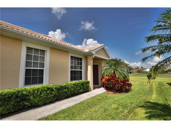 4651 Whispering Oaks Dr, North Port, FL - USA (photo 3)