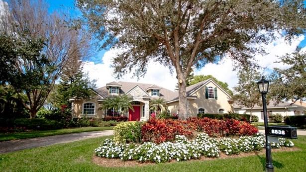 8838 Bloomfield Blvd, Sarasota, FL - USA (photo 1)