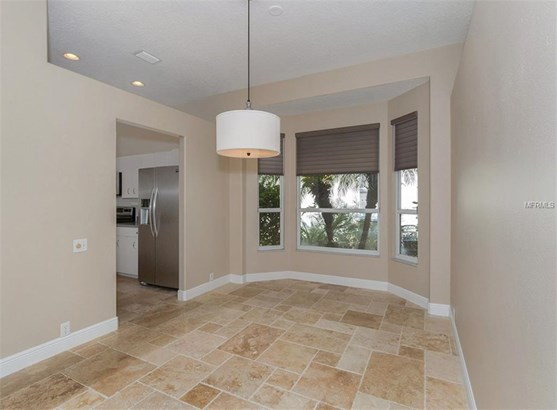 525 Fallbrook Dr, Venice, FL - USA (photo 5)