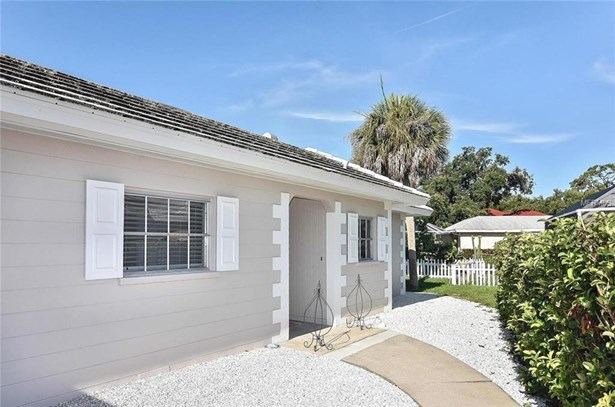 102 Lyons Bay Rd, Nokomis, FL - USA (photo 2)