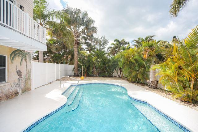 222 84th St, Holmes Beach, FL - USA (photo 1)