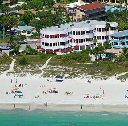 3708 Gulf Dr #1, Holmes Beach, FL - USA (photo 1)