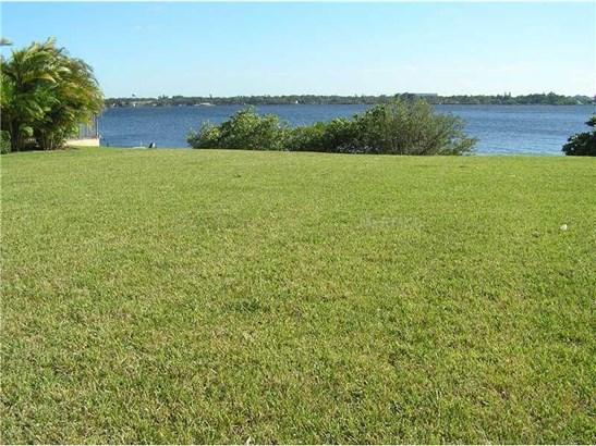 717 Riviera Dunes Way, Palmetto, FL - USA (photo 1)