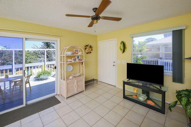 207 71st St, Unit E, Holmes Beach, FL - USA (photo 3)