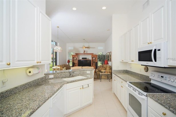 6584 41st Ct E, Sarasota, FL - USA (photo 5)