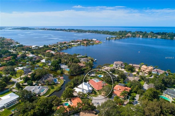 7311 Captain Kidd Cir, Sarasota, FL - USA (photo 1)