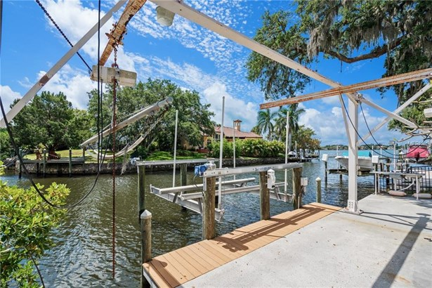 7311 Captain Kidd Cir, Sarasota, FL - USA (photo 4)
