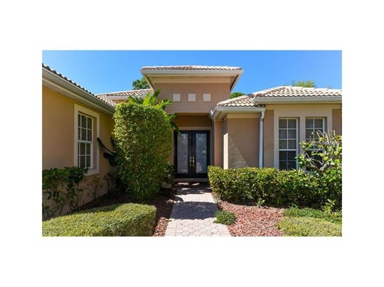 6910 Treymore Ct, Sarasota, FL - USA (photo 3)