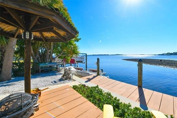 509 Bayview Dr, Holmes Beach, FL - USA (photo 2)