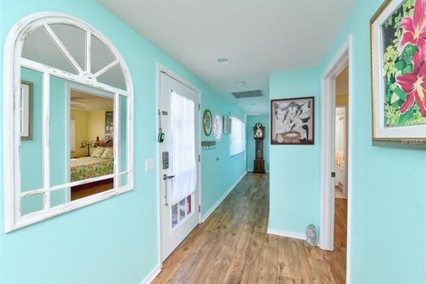509 Bayview Dr, Holmes Beach, FL - USA (photo 3)